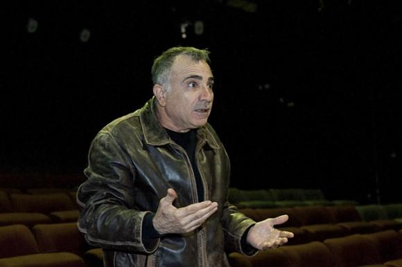 דרמה בתיאטרון גשר: הבמאי משה איבגי הוחלף לפני הבכורה