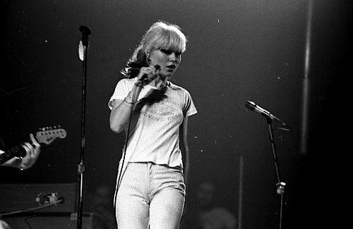 דבי הארי בהופעה בטורונטו, 1977