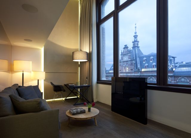 מלון קונסרבטוריום באמסטרדם של אלרוב מלונות יוקרה. חיבור בין המלון לעיר.