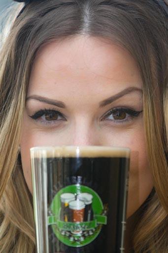 """לקראת פסטיבל מבשלות בירות בוטיק בדבלין. צילום: אורלה מוריי. באדיבות יח""""ץ"""