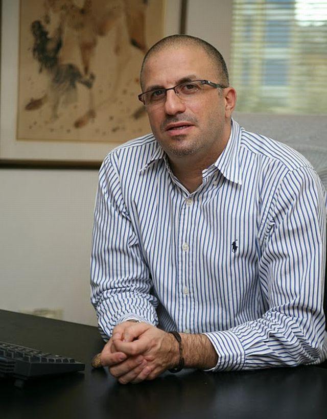 ראובן אלקס, המנכ