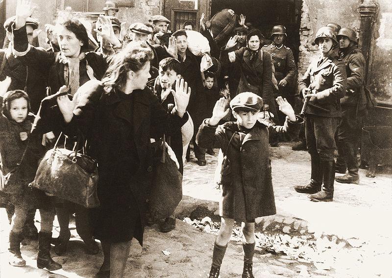 הילד מגטו ורשה. (צילום: לא ידוע. ויקיפדיה)