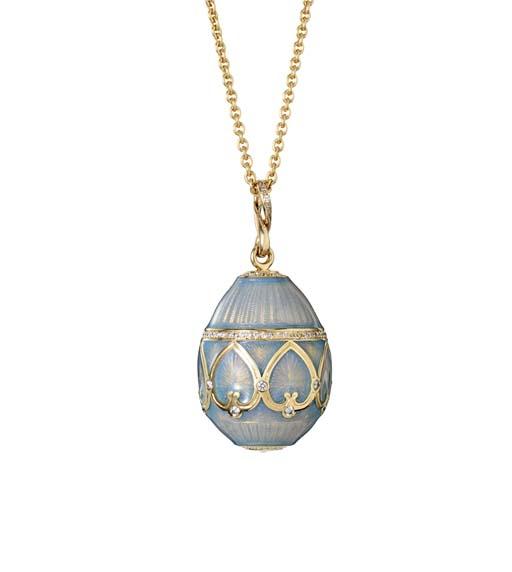 Fabergé Suisse SA. תליון ביצה מסדרת Les Palais Imperials. מחווה לביצי הפסחא של פטר קרל פברז'ה. הוצג בתערוכת BASELWORLD