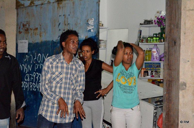 בהלה ויאוש אצל המהגרים בשכונת התקווה (צילום: רפי מיכאלי)