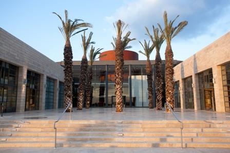 מרכז המבקרים החדש והמרשים של יקב ברקן
