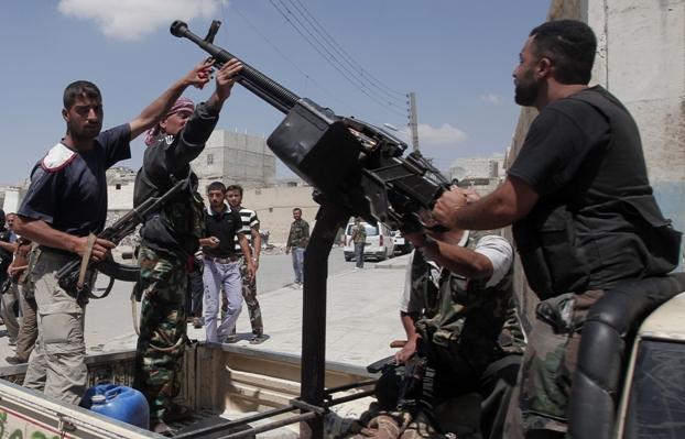 צבא המורדים בעיר חאלב (צילום גטי אימג'ס)