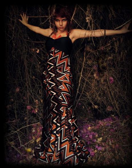 שמלת מקסי בהדפס שבטי. קיץ-סתיו 2012. צילום: לילי ברושטיין