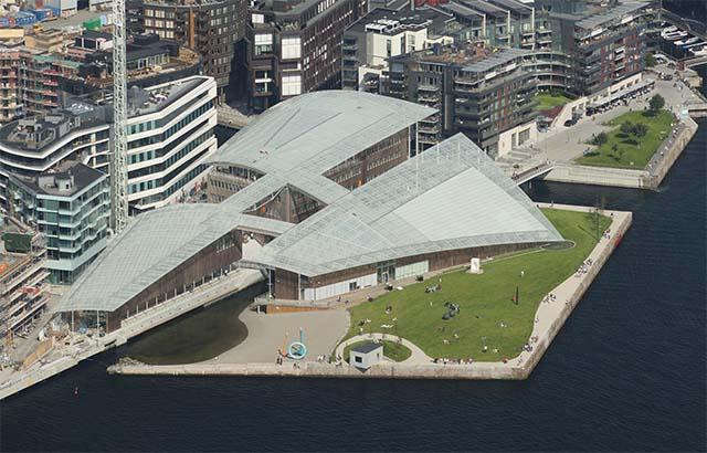 מראה מלמעלה - מוזיאון אסטרופ פירנלי. צילום: Astrup Fearnley Museeet/Nic Lehoux