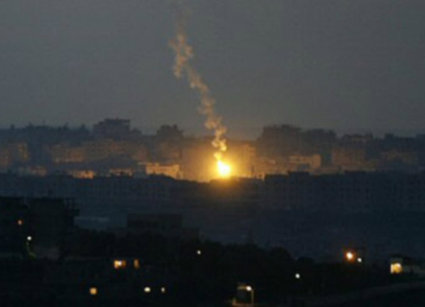 """הבוקר: רקטות לעוטף עזה והרוגים בתקיפות צה""""ל ברצועה"""