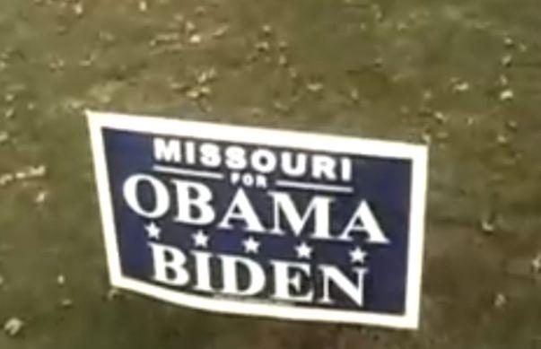 חריג. שלט תמיכה באובמה במיזורי (מקור: יו טיוב)