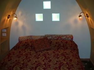 """חדר אירוח ב""""ארמון בחול"""" בעין הבשור. קמפיין שיווקי של תיירות פנים לכל הארץ עם דגש על הדרום"""
