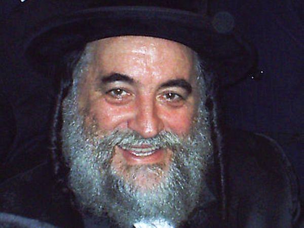 """האדמו""""ר מוויז'ניץ, הרב ישראל הגר: """"לא להתייצב לצו ראשון"""" (צילום: ויקיפדיה)"""