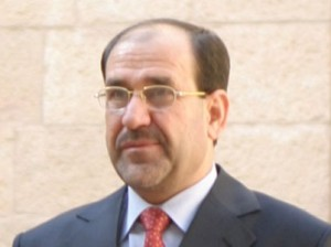 התחייב כי הצווים המוצאים נגד הנאשמים אינם פוליטיים. אל-מאלכּי (צילום: ויקימדיה)