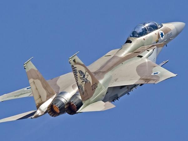 """סוכנות AP: ישראל תקפה שיירה שנשאה טילי נ""""מ רוסיים"""
