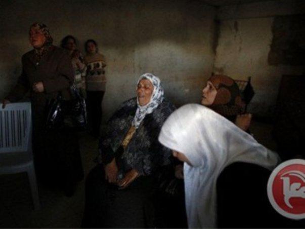 מתאבלות על לובנא חנש בבית לחם (צילום: סוכנות מען)