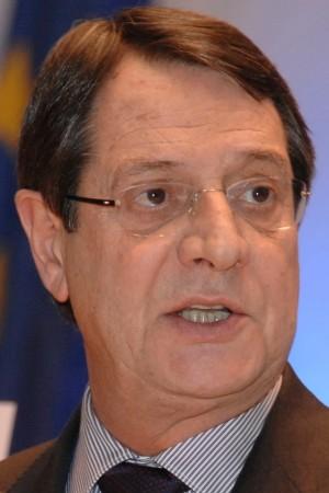 ניצחון למועמד השמרני בבחירות לנשיאות קפריסין