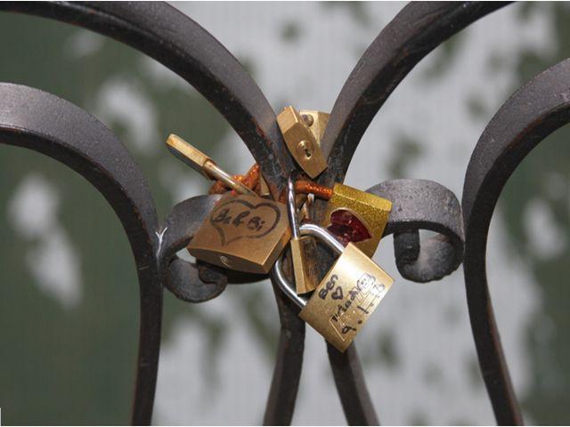 לנעול חזק את האהבה ולהיפטר מהמפתח? לאו דווקא