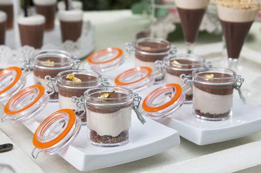 צנצנות אישיות במילוי קרם חלבה שוקולד וקרמבל שקדים (צילום: שירן כרמל)