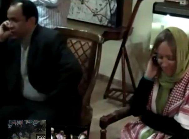 שני החטופים בקהיר לאחר ששוחררו (מקור: יו טיוב)
