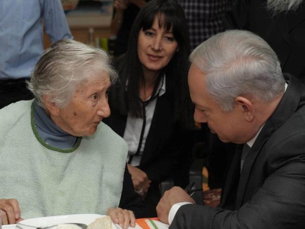 נתניהו: לא נסבול פשיעה נגד קשישים וניצולי שואה