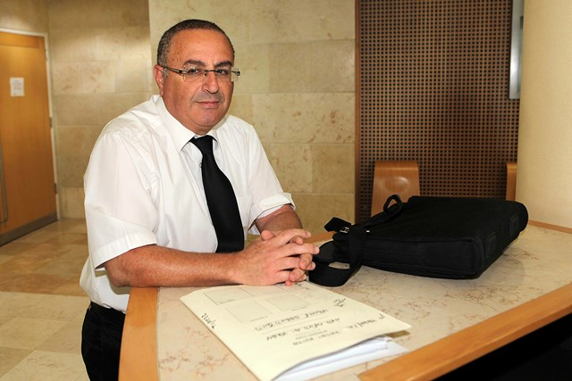 בא כח המדינה עורך הדין יעקב אזולאי , הבוקר (צילם: אלברטו)