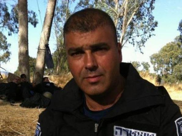 שוטר רדף אחרי פורצים ונפל מגג אל מותו