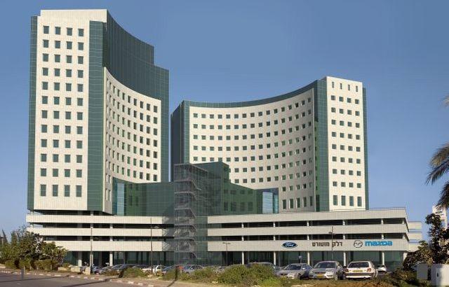 הדמיה של המלון המיועד ברעננה. לדברי ראש העיר רעננה, נחום חופרי, המלון יתן מענה לצורך של חברות ההייטק ואנשי העסקים הפועלים בעיר