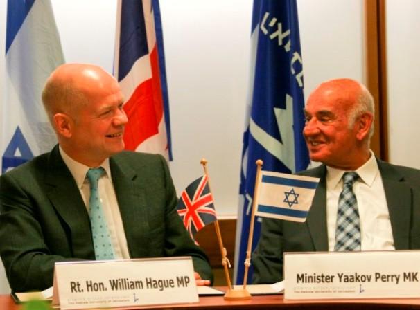 למרות ניסיונות החרם המדעי - הסכם ישראלי בריטי להרחבת הקשרים (צילום: מתי מילשטיין באדיבות שגרירות בריטניה)