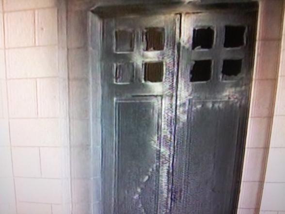 """מנזר-השתקנים.-הדלת-שנשרפה-בפעולת-תג-מחיר. """"פעולת טרור"""""""