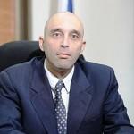 """יו""""ר הוועדה, מנכ""""ל משרד  האנרגיה שאול צמח. צילום: ויקיפדיה"""