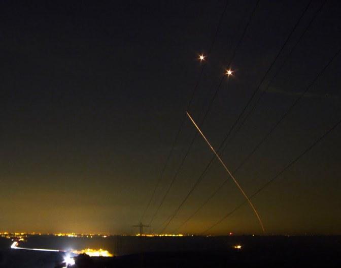 """6 רקטות נורו לעבר ישובי הדרום – צה""""ל הגיב בתקיפה"""