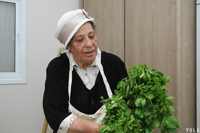 אהובה, בישול עם המון אהבה ואינסוף ידע (צילום: יולה זובריצקי)