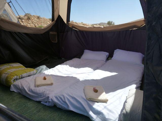אוהל זוגי של חברת איזי קמפ. גם בחופשה משפחתית כדאי לדאוג לאוהל נפרד עבורכם. (צילום: באדיבות איזי קמפ)