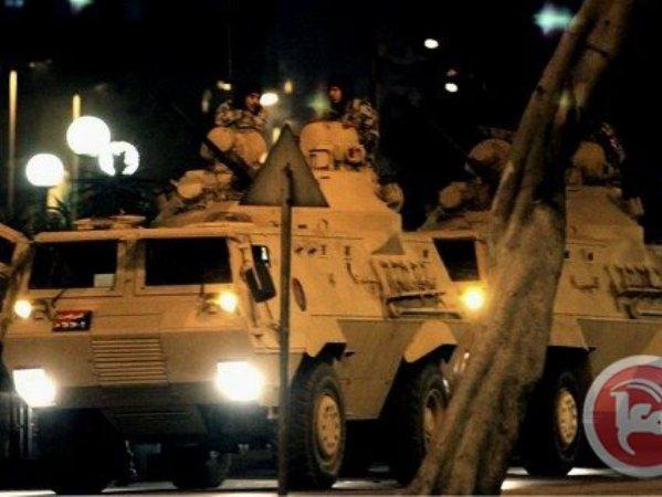 סיור לילי של הצבא המצרי בסיני (צילום: סוכנות מען)