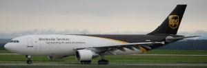 מטוס מטען איירבס A300 של חברת UPS