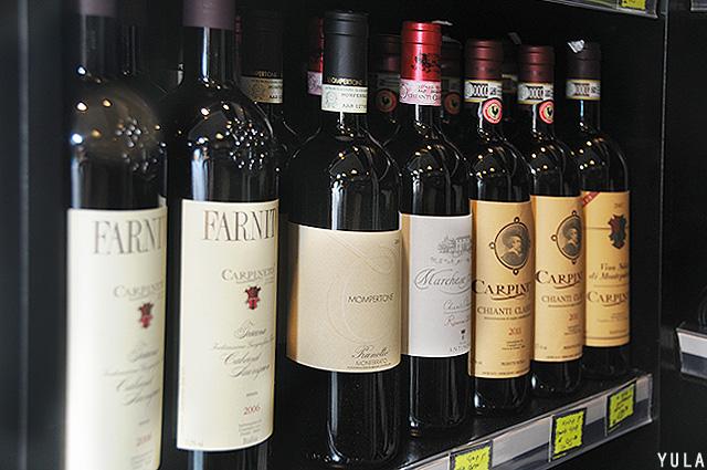יינות איכות מיובאים מאיטליה (צילום: יולה זובריצקי)