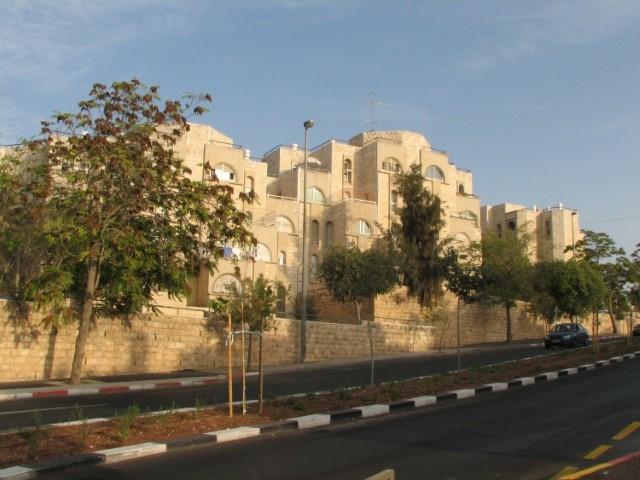 המרוויחה הגדולה - שכונת גילה: 400 יחידות דיור (צילום: ויקיפדיה)