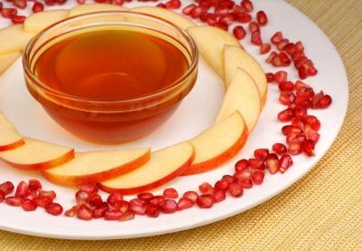 ראש השנה עם סיידר תפוחים ודבש