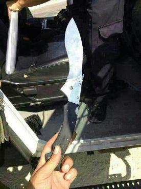 ישראלי נפצע מיידוי אבנים ועל גופו של פלסטיני  התגלתה סכין