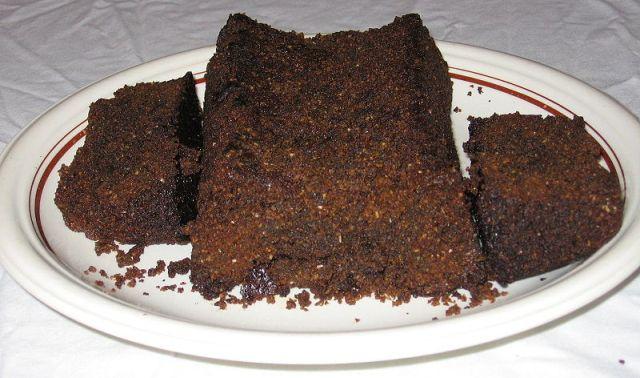 עוגת שוקולד מוס הפוכה (ויקימדיה)