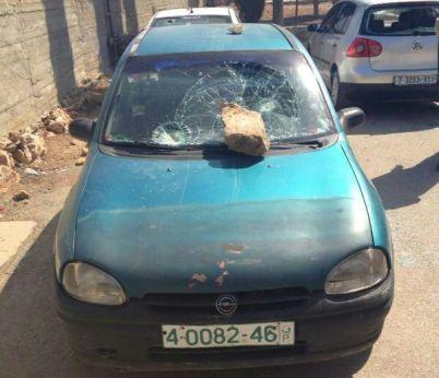 """סלעים הושלכו על מכוניות בכפר ג'אלוד (צילום דוברות ש""""י)"""
