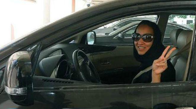 נשים מוחות בסעודיה - נהיגה בשבת בלי רישיון נהיגה