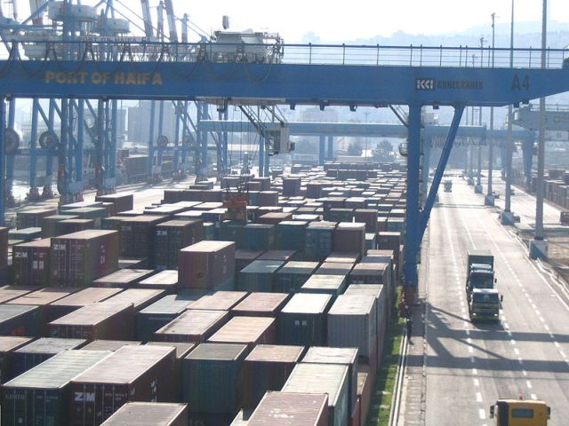 נמל חיפה. צילום ויקיפדיה