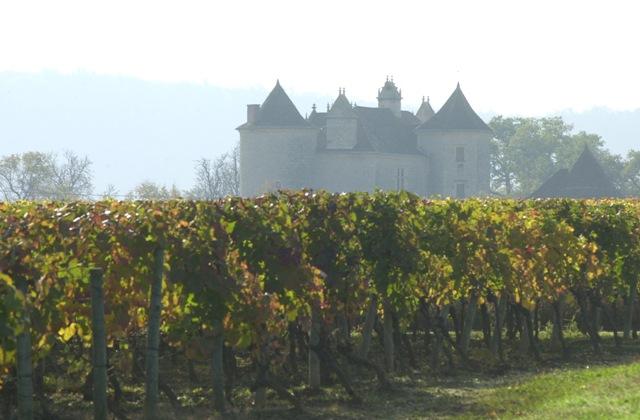 שאטו לגרזט בלב מחוז קאהור בדרום מערב צרפת