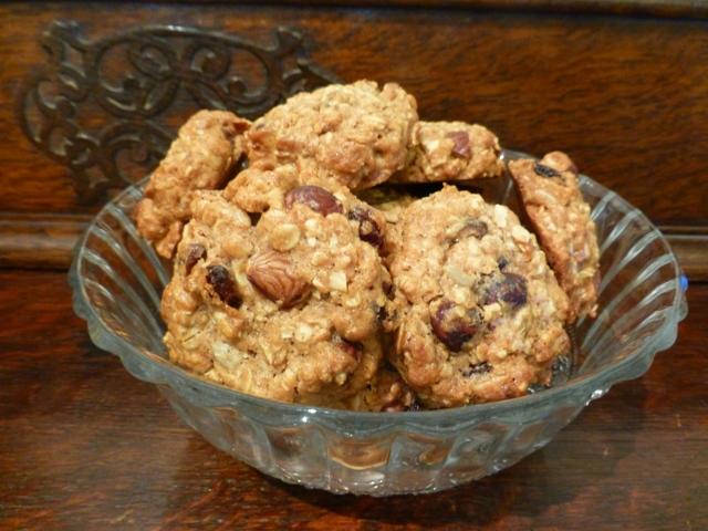 עוגיות גרנולה בהכנה ביתית (צילום: אפי בלה)