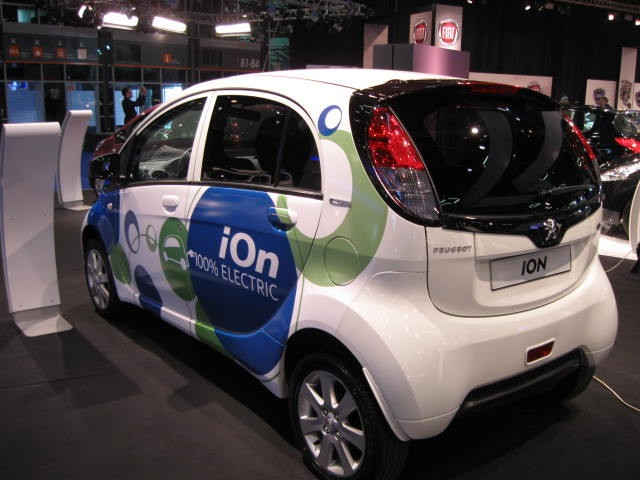 גידול שנתי של 48% ברכישת רכב חשמלי עד 2020
