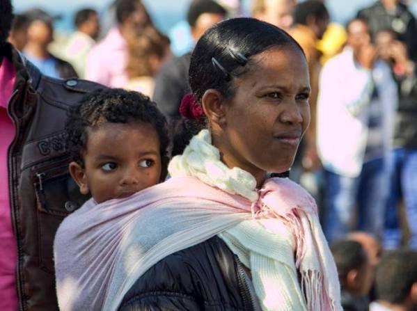 """נציבות האו""""ם לפליטים: שיטות העבודה הנהוגות בישראל מעוררות פחד וכאוס בקרב מבקשי-מקלט. (צילום: דן בר דוב)"""