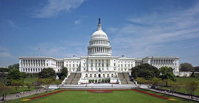 בית המחוקקים בארצות הברית: ההון הוא חלק מהשלטון (ויקימדיה)