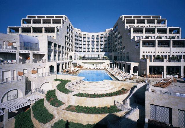 """מלון מצודת דוד: """"ממש במרכז העניינים, משקיף על העיר העתיקה ומגדל דוד"""""""