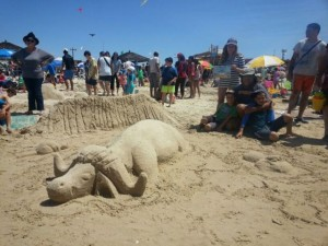מקום שני בתחרות הפיסול בחול - השמורה הראשונה. (צילום: אורי נווה)